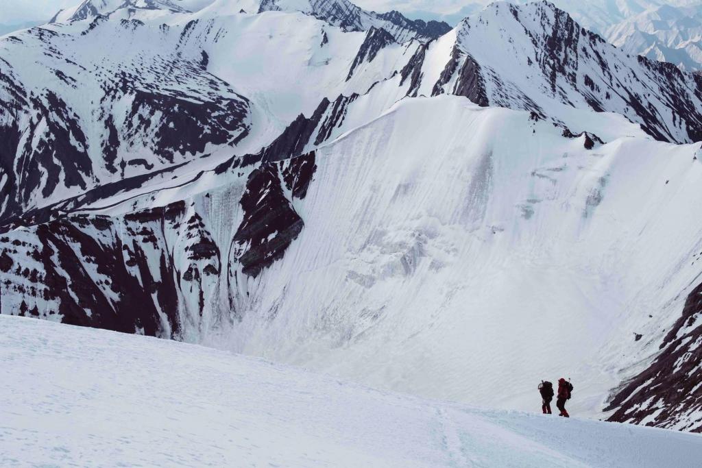 【インドで6000m越えの登山をした思い出】山の日ですね