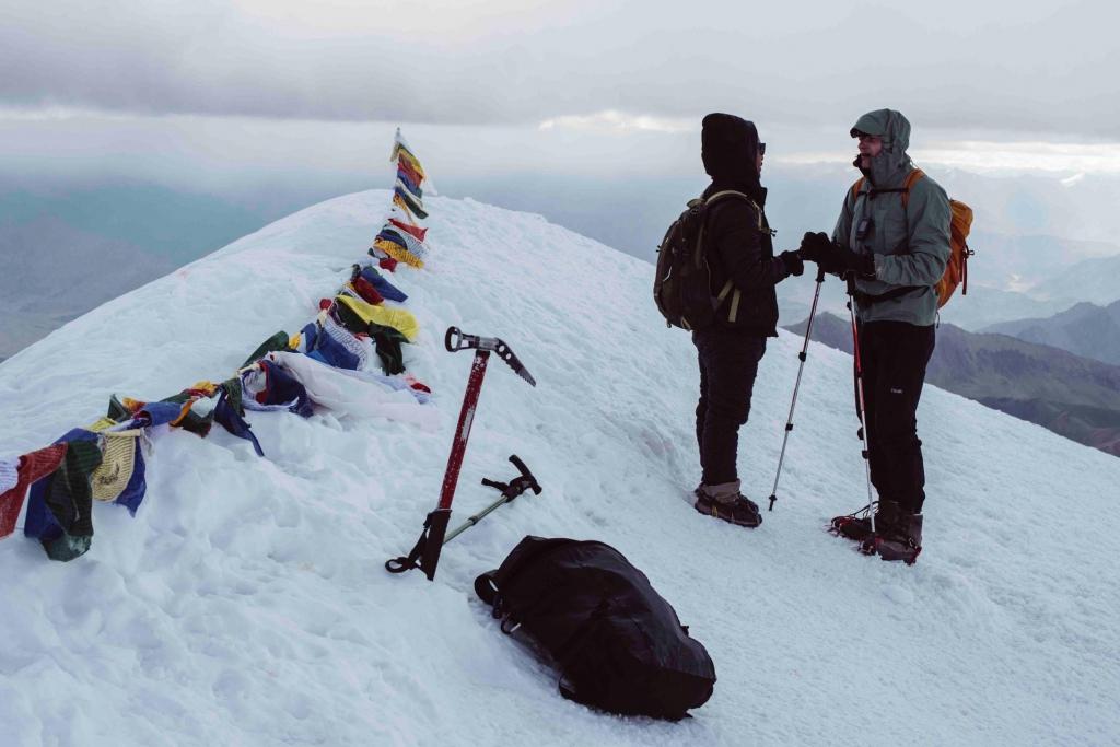 ストックカンリ登山4